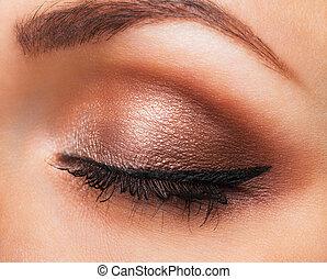 primer plano, neutral, maquillaje, ojo, womanish
