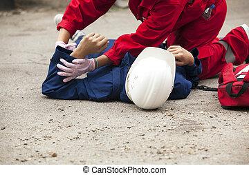 primeros auxilios, entrenamiento