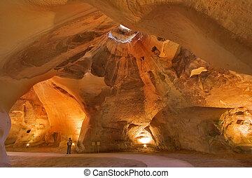 primitivo, cueva