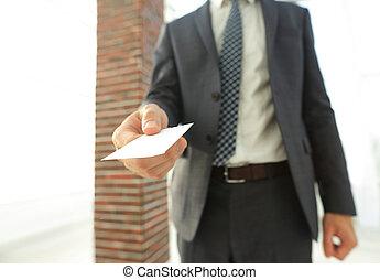 primo piano, card., ufficio, dare, foto, uomo affari, soffitta