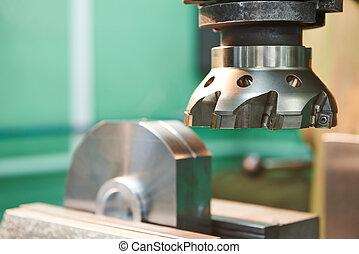 primo piano, processo, di, metallo, lavorazione a macchina, vicino, mulino