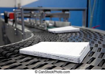 Print shop (press printing) - Finishing line - Post press...