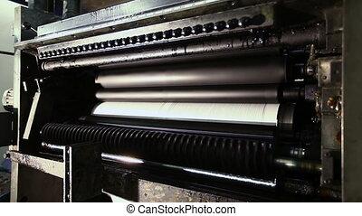 printing establishment detail on production line