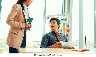 problème, gens, conflit, travail, bureau affaires, malheureux