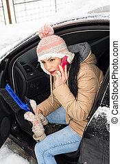 problema carro, mulher, neve, tendo