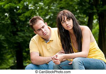 problemas de la relación, -, pareja, en el estacionamiento