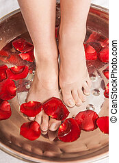 procedure., 大広間, ペディキュア, 写真, 水, flowers., クローズアップ, 女性, エステ, 装飾, 足, フィート