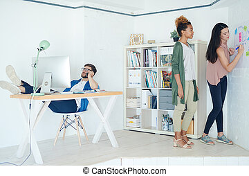 proces, praca, współczesne biuro