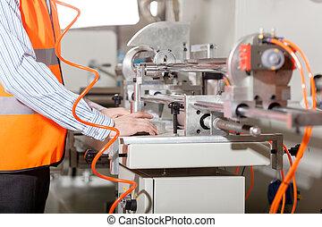 processo, durante, produzione, lavoratore, fabbrica