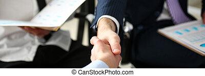productif, groupe, secousse, après, hommes affaires, mains, réunion