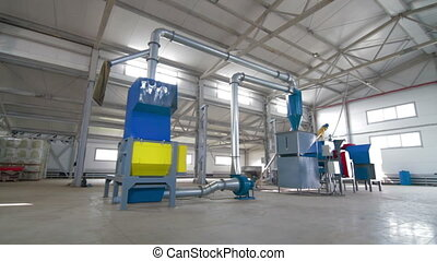 Production Modern Conveyor Line For Tile Plastic recycling -...