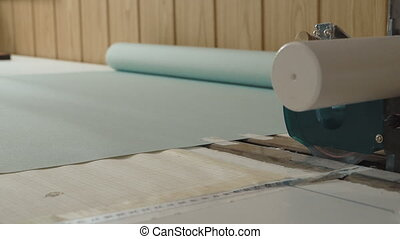 Production of roller blinds.