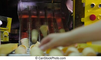 Production of wafer cups for ice cream. - Equipment for...