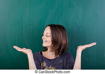 produkt, kvinna, mot, chalkboard, osynlig, visa