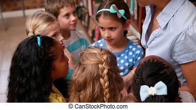 prof, conversation, leur, élèves