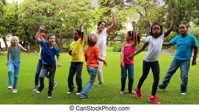 prof, danser ensemble, élèves