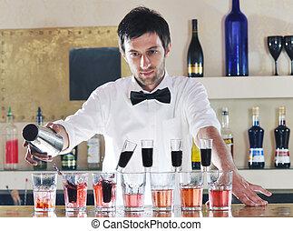 profesional, barman, aparejar, coctail, bebida, en, fiesta
