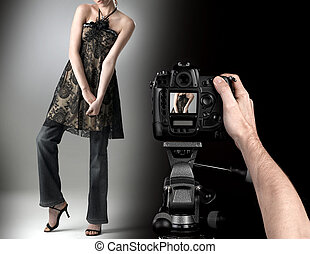 profesional, fotógrafo, en, estudio, moda, tiro, con, un, model.