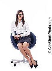 profesional joven, mujer de negocios, se sentar sobre una silla