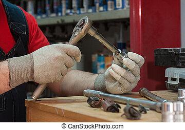 profesional, mecánico, trabajando