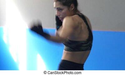 profesjonalny, boks, practicing, kobieta, cień
