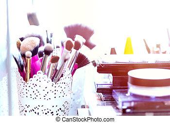 profesjonalny, szczotki, narzędzia, makijaż