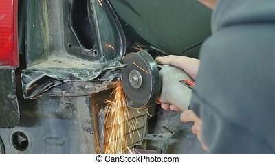 Professional car body repair with special equipment