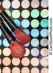Professional Eyeshadow makeup with two brushes