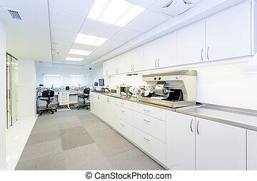Professional prosthetic laboratory - Dental prosthetic...