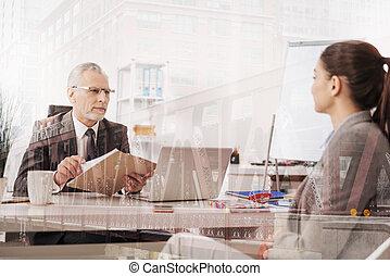 professionale, positivo, hr, direttore, condotta, un, intervista, con, uno, femmina, candidato