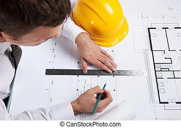 professioneel, architect, tekening, bouwsector, plan., bemannen zitting, bij lijst, met, potlood, en, meetlatje