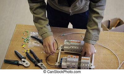 professionell, elektrisch, einsätze, verbinden, drähte, zu,...