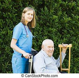 professionell, rullstol, hjälp, äldre