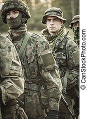 professionell, utbildning, här, tjäna som soldat