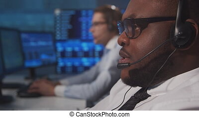 professionnel, concepts., marchés, échange, financier, traders., workin, station travail, divers, global, banque, analyse, utilisation, technology., business, bureau, courtiers, lieu travail, équipe