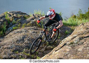 professionnel, cycliste, équitation, les, vélo, sur, les, beau, printemps, montagne, trail., sports extrêmes
