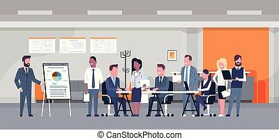 professionnels, concept, groupe, bureau affaires, discuter, moderne, businesspeople, présentation, brain-storming, équipe, rapport, réunion