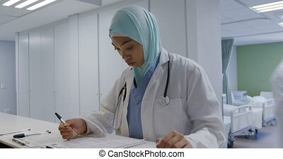 professionnels, fonctionnement, hôpital, monde médical