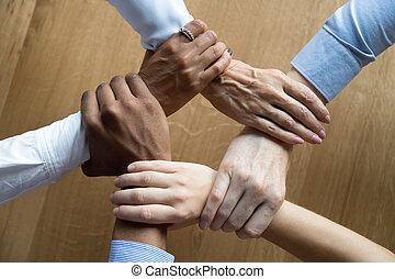 professionnels, surmontez, divers, saisir, équipe, fin, mains, vue