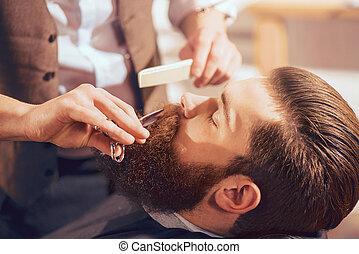 profissional, barbeiro, bonito, homem, barba, corte