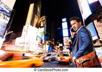 profissional, negócio, homem jovem, york, urbano, novo