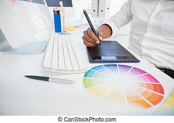 progettista, lavorare scrivania, usando, digitizer