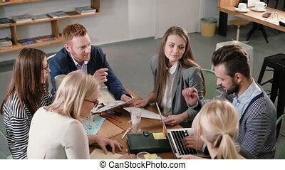 project., business, bureau., moderne, démarrage, créatif, détails, équipe, table, mâle, explique, éditorial