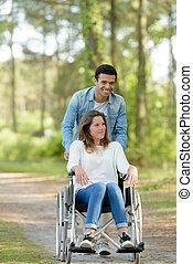 promenade, fauteuil roulant, couple, forêt, par