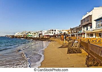 promenade, von, landschaftlich, playa blanca, mit, strand,...