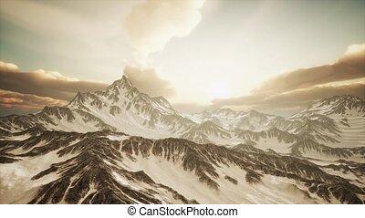 promienie, zachód słońca, góry, szczyty