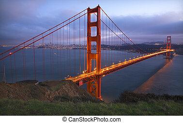 promontoires, pont porte or, san francisco, californie