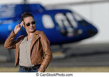 pronto, elicottero, cavalcata, donna, felice