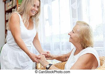 proporcionando, ajuda, cuidado idoso