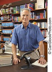 proprietário, macho, livraria